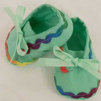 Baby Girls Shoes, Soft Fabric Shoes, Green Shoes, Ric Rac Shoes, Baby Girls Booties, Baby Shower Gift, #1