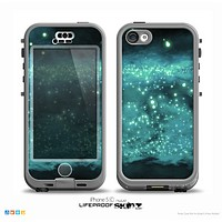 The Trendy Green Space Surface Skin for the iPhone 5c nüüd LifeProof Case