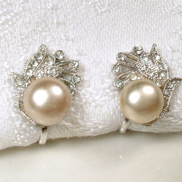 Blush Champagne Pearl & Pave Rhinestone Vintage Art Deco Stud Earrings, 1920s Silver Screw Back Bridal Earrings, Gatsby Flapper Jewelry