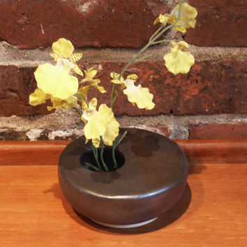 Ikebana Vase, Pottery vase, flower display