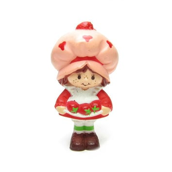 Strawberry Shortcake Miniature Figurine with Strawberries in Apron Vintage Strawberryland Doll