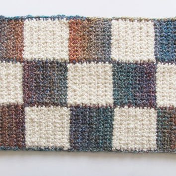 Large Pet Food and Water Placemat, Blue & White Checkered, Washable and Dryable, Absorbent Fabric, Durable Crochet Pet Decor, Made in USA