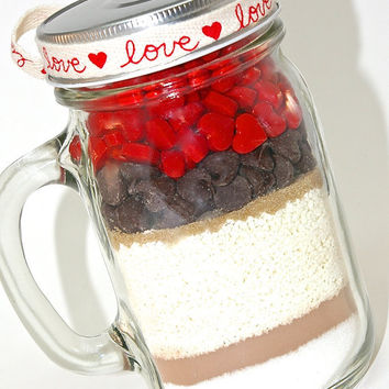 Cinnamon Hot Chocolate Mix in Mason Jar Mug- Hot Cocoa Mix Layered with Cinnamon Hearts Candy