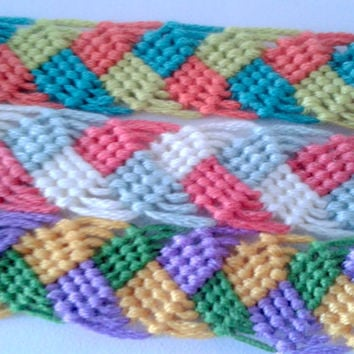 Braided Leaves Friendship Bracelet - Hand-woven Embroidery Floss Bracelet