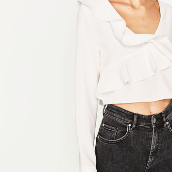 CROPPED TOP WITH FRILLS