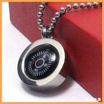 Fashion Jewelry Small Black Compass Pendant 316L Stainless Steel Necklace Men Necklaces
