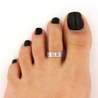 toe ring sterling silver toe ring  yin yang design adjustable toe ring (T-66) Also knuckle ring