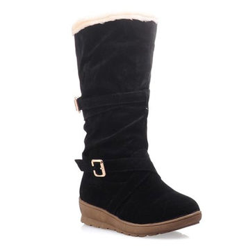 Flock Design Snow Plush Boots With Buckle