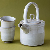 Ceramic Teapot with Two Tea Cups in White Glaze / Handmade Wheel Thrown Stoneware Pottery Tea Maker / Wedding Gifts / Kettle