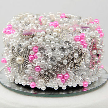 Vintage Brooch Wedding Cake Topper in Hot Pink