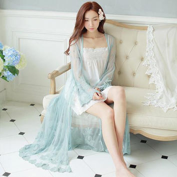 Sexy Long Nightwear Lace Vintage Princess Dress Medieval Nightgown European-style Palace Robe Beautiful Vestidos D41