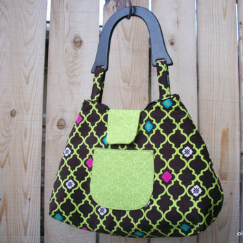 Bright Green Lattice on Brown Coquette Retro Style Handbag with Wooden Handle and Snap Closure