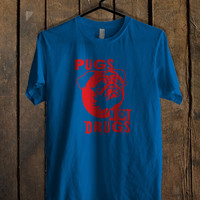 Pugs Not Drugs Red Blue Mens T Shirt **