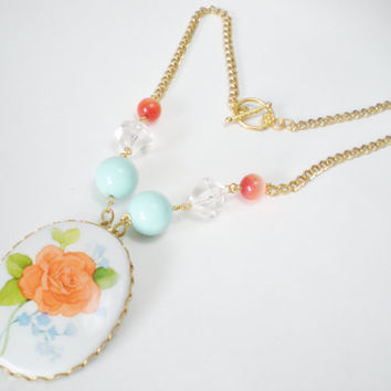Peachy Rose Beaded Necklace with by RetroRevivalBoutique on Etsy