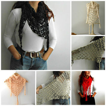 long fringes triangle crochet shawl in several colors, rose quartz crochet scarf in cotton viscose, kerchief scarf, baktus scarf