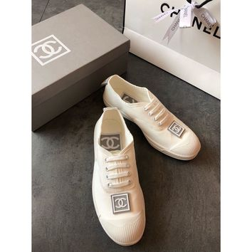 Chanel Women White Canvas Casual Sneakers