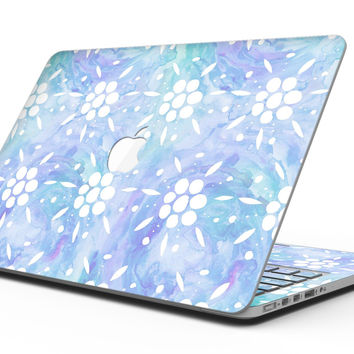 Blue Watercolor and White Flower Print Pattern - MacBook Pro with Retina Display Full-Coverage Skin Kit
