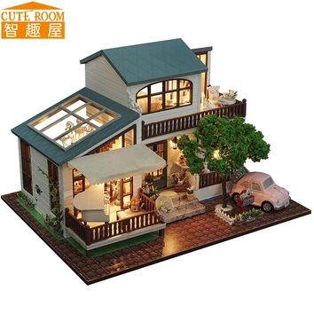 DIY Miniature Wooden Dollhouse