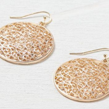 AEO Women's Cutout Disc Earring (Gold)