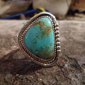 Authentic Navajo,Native American Southwestern sterling silver triangle turquoise double band ring. Size 11 3/4.