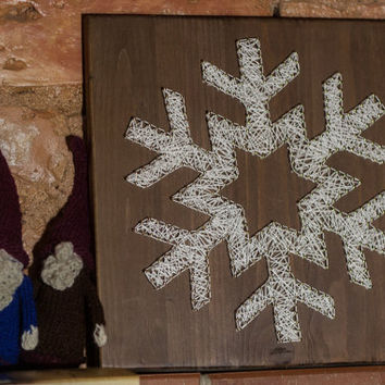 Unique Christmas decoration Snowflake string art, modern wall decor and key holder for your home, great gift for your loved ones