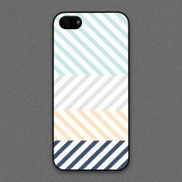 iPhone 4 / 4s Case - Chevron Pattern, Color for mixing cool tones, iPhone4 Case, Cases for iPhone4, iPhone4s Case, Cases for iPhone4s
