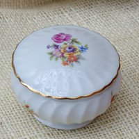 Vintage Floral Trinket dish // GDR Porcelain covered dish