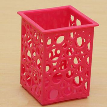Hot Office Cosmetic Plastic  Flower Square Pen Pot New Hollow Floral Pencil Holder /Desk Pen Containers Organizer