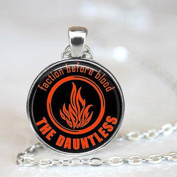 Divergent Dauntless Faction Before Blood Necklace