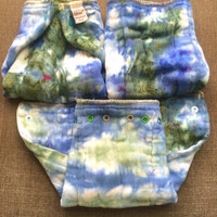 Upcycled Prefold Diaper - Cloth Diaper - Cloth-eez Pre Folded Diaper with Snaps - Adjustable Sized to Fit - Meduim Size Fits 15-29lbs