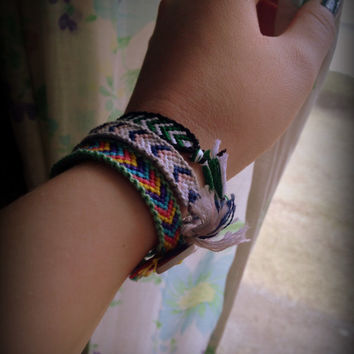 Bordered Chevron Friendship Bracelet