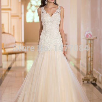 2015 New Wedding Dresses Glamorous. Sexy. Extravagant.