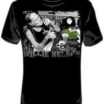 Willie Nelson Legalize It Smoking New Licensed Adult T-Shirt Tee