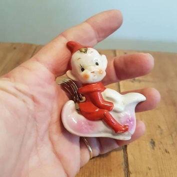 Vintage Pixie / Elf Sitting On A Boot Figurine kitsch Red Christmas pixies Elves