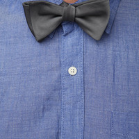Urban Outfitters - Classic Bowtie