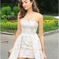 A-Line Strapless Short Champagne Lace Homecoming Dress