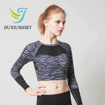 JIUXIUSHIRT Yoga Shirt  Women Tank Top Quick  Dry  Long Sleeve  Black For Firness Running Training  Short Sports Shirt  Top 2017