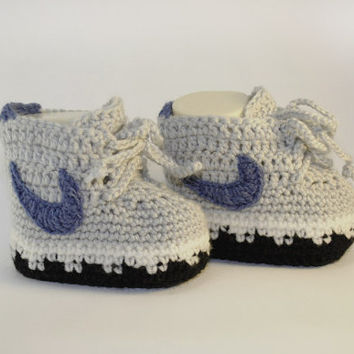 Grey knitted baby booties nike, newborn infant booties 0-12 months, cute  booties like mothers shoes