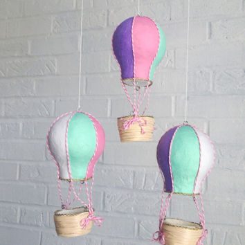 Baby Mobile, Hot Air Balloon Mobile, Crib Mobile, Nursery Mobile, Travel Theme Nursery, Nursery Decor, Baby Shower Gift Girl, Pastel Nursery