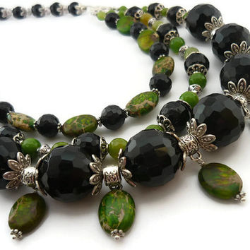 Statement stone necklace black green necklace agate jewelry agate necklace beaded green necklace green jewelry variscite necklace jewellery