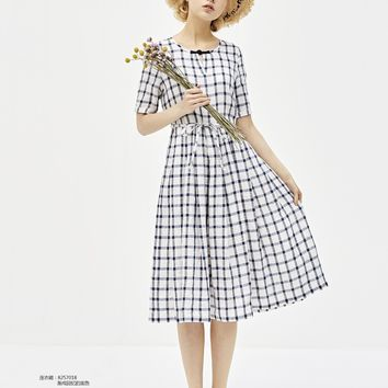 Cobalt blue and white short sleeve printed check linen dress