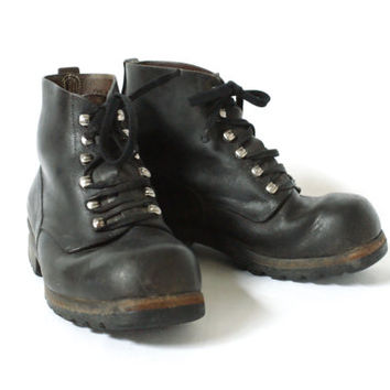 SWISS ARMY BOOTS 1964, Swiss Military Black Saddle Leather Boots, Size 38 or 7.5, Made in Switzerland, Swiss Hand Made, Army Military Issue