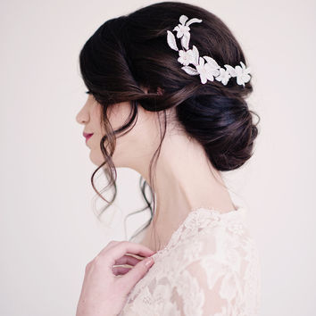 Floral hair comb, headpiece, bridal - style 2001