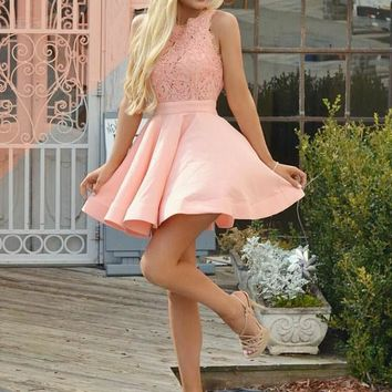 Pink Lace Pleats Short Homecoming Dresses