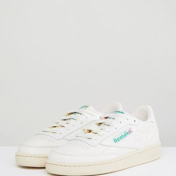 Reebok Classic Club C Vintage Trainers In Chalk With Green at asos.com