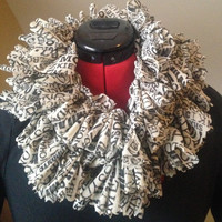 Versatile Ruffled Newsprint Scarf
