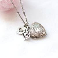 Adorable Heart locket necklace by laonato on Etsy