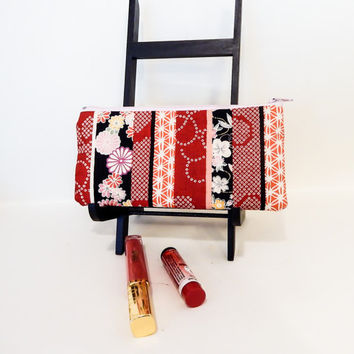 Floral Fabric Pouch, Coin Purse, Change Pouch, Fabric Pouch, Mothers Day Gift, Zipper Case, Pouch, Gift for Her, Japanese Import Red Flowers