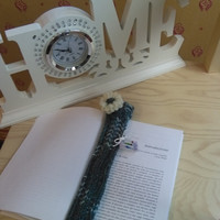 bookmark, green and white bookmark in wool
