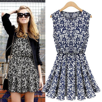 Floral Print Sleeveless Drawstring Waist Dress